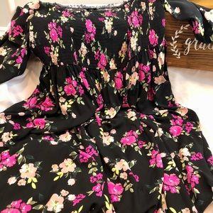 Torrid smocked challis dress size 3 NWT